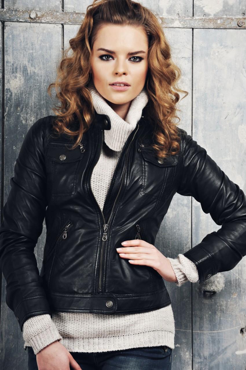 Дизайн кожаных курток на осень 2018 года женские